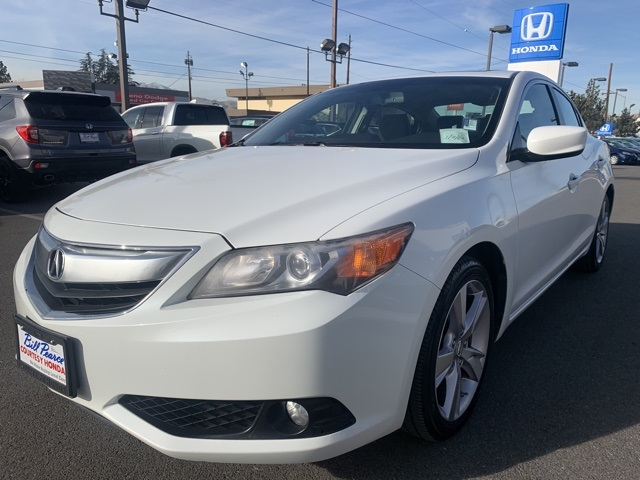 Pre-Owned 2013 Acura ILX 2.0L